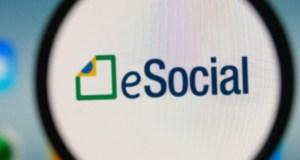 post_eSocial-1728x800_c-1440x564_c