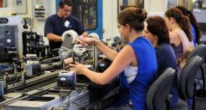 Jovens no Brasil trabalham mais que estudam (Foto: Wilson Dias/Arquivo Agência Brasil)