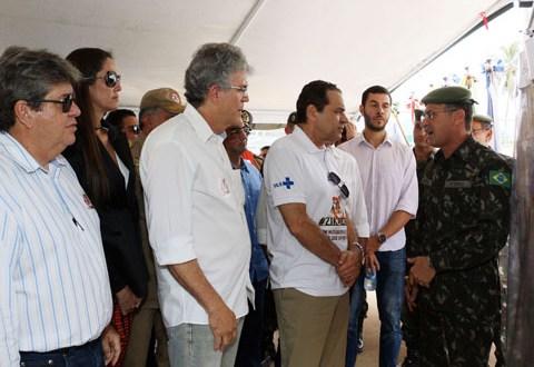 Ricardo Coutinho e o Ministro do Turismo, Henrique Eduardo Lyra Alves