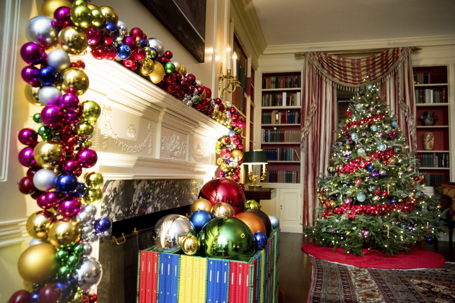 This year\u0027s White House Christmas theme \u0027The Gift of the Holidays - christmas themes images