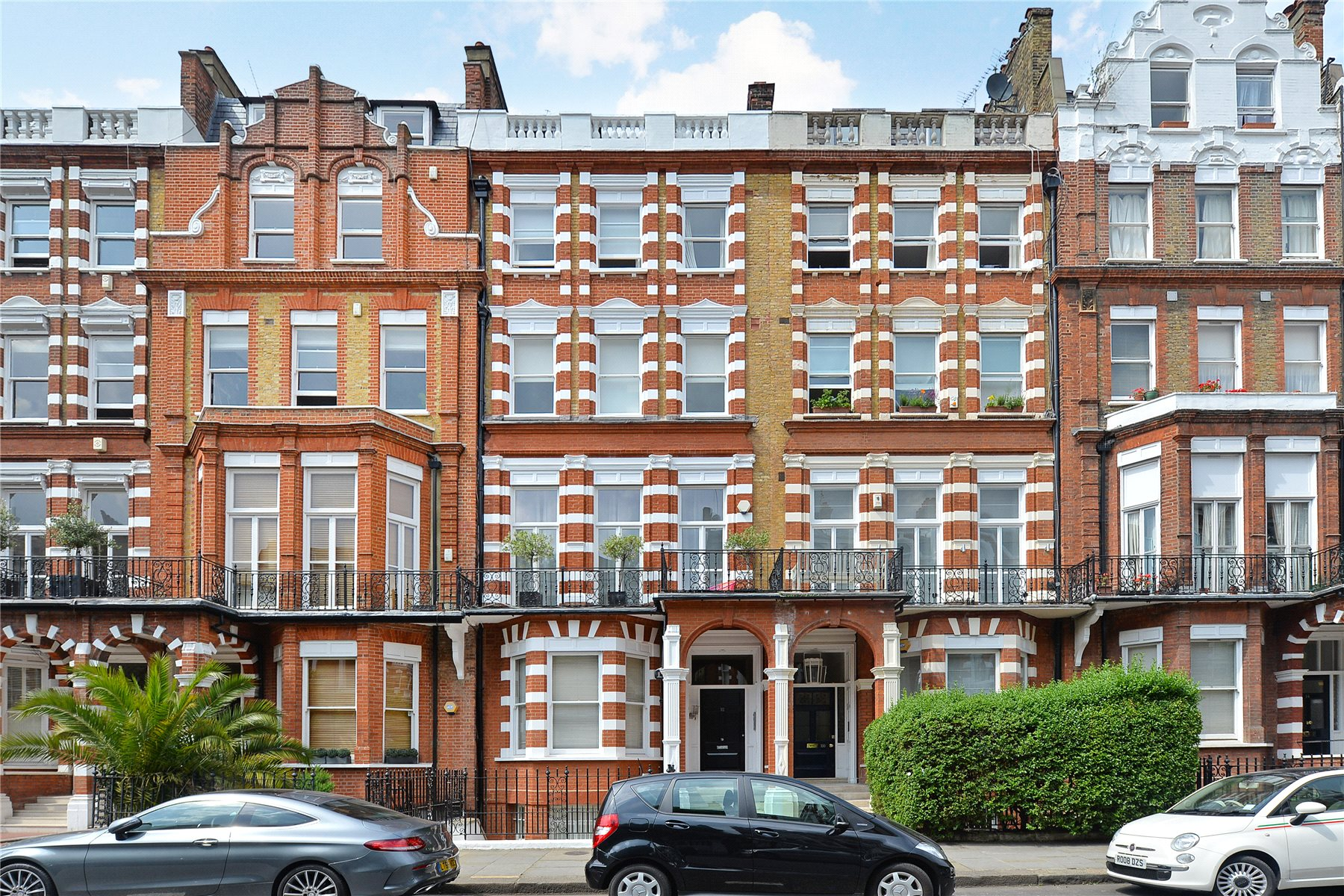 2 Bedroom Garden Flat London 2 Bedroom Flat For Sale Bramham Gardens London Sw5 0jj