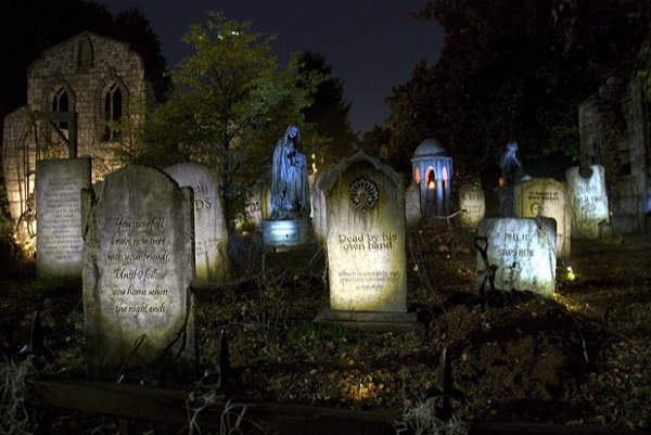Fall Outdoor Decorations Wallpaper Portland S Davis Graveyard 2014 Halloween Schedule Info