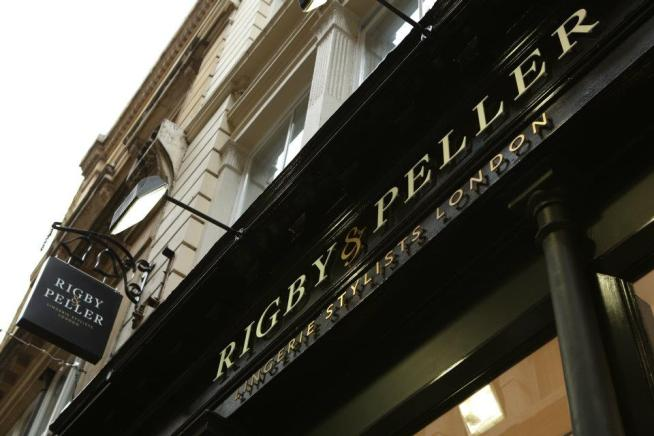 Facade Rigby & Peller
