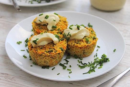 Mini Quinoa Veggie Cakes (4)