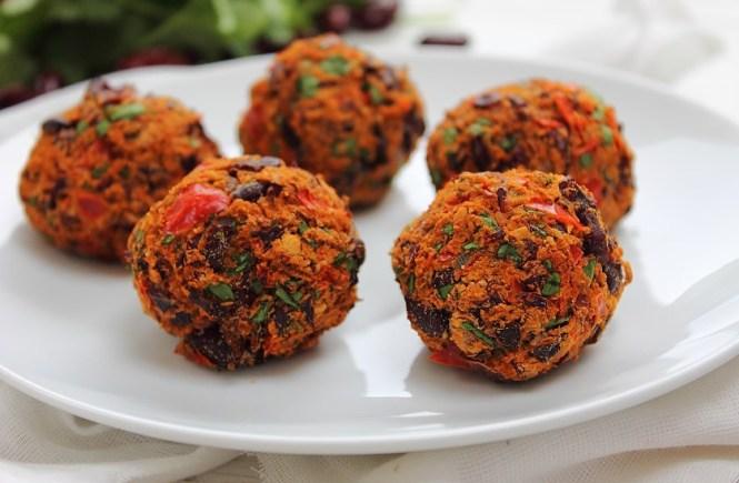Chili Meatballs (8)