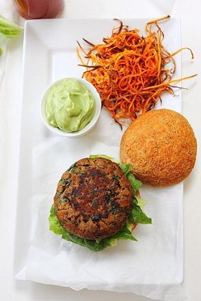 Simple Big Beef Burgers (23)