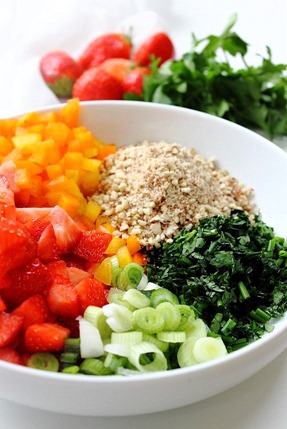 Summer Strawberry Grain Free Tabbouleh (4)