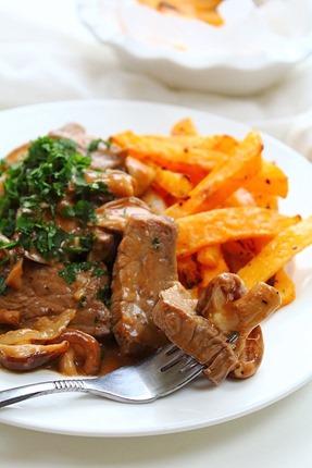 Beef and Mushroom Stroganoff (19)