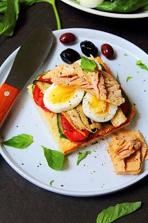 Tuna Salad Cauliflower Bread (14)