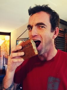 """The latest from CommuniKaty... """"I'd really, really like a piece of chocolate - especially right now, after lunch, with a small coffee. Thank goodness I have the support of Yam Solo, who's also given up chocolate for the week and is having to make do with large hunks of banana cake instead!"""""""