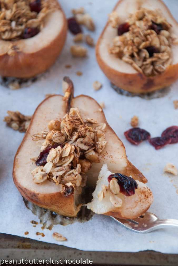 healthy-maple-oat-nut-baked-pears-with-cranberries2