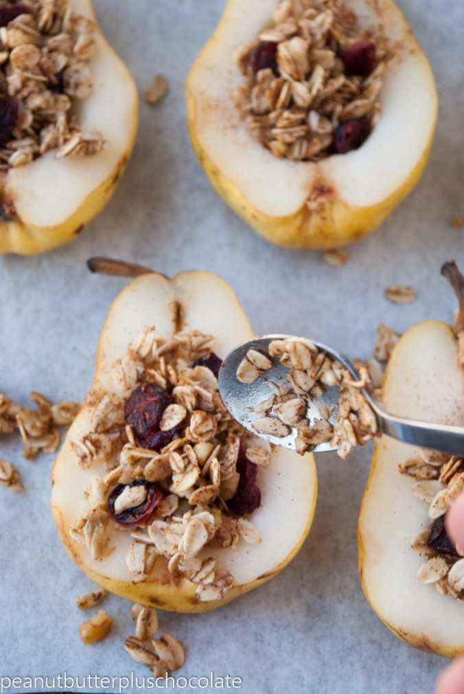 healthy-maple-oat-nut-baked-pears-with-cranberries6
