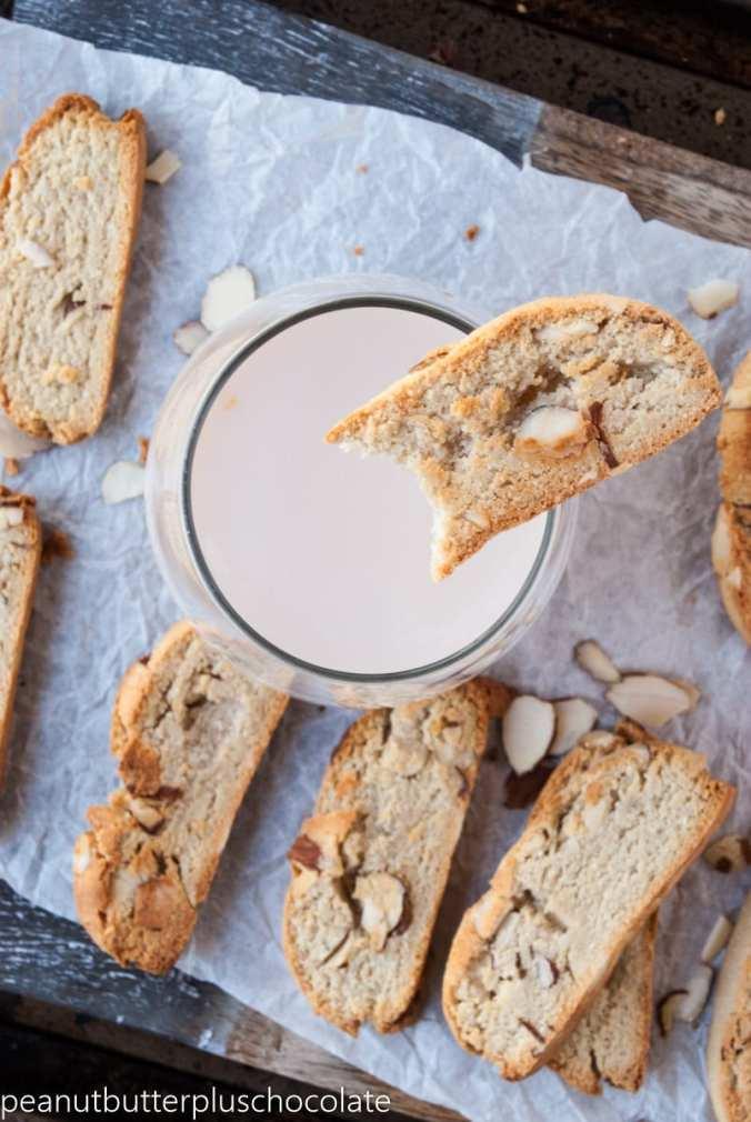 healthy-vanilla-almond-biscotti4
