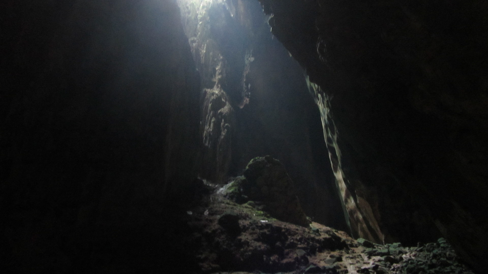 Blood Money Wallpaper Hd The Batu Caves Pearce On Earth