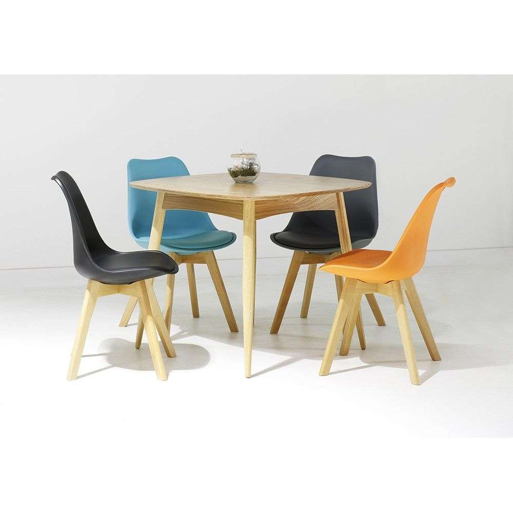 Table Chaises Scandinaves Chaise Et Table Chaise Scandinave Groupon Table Table Groupon Et