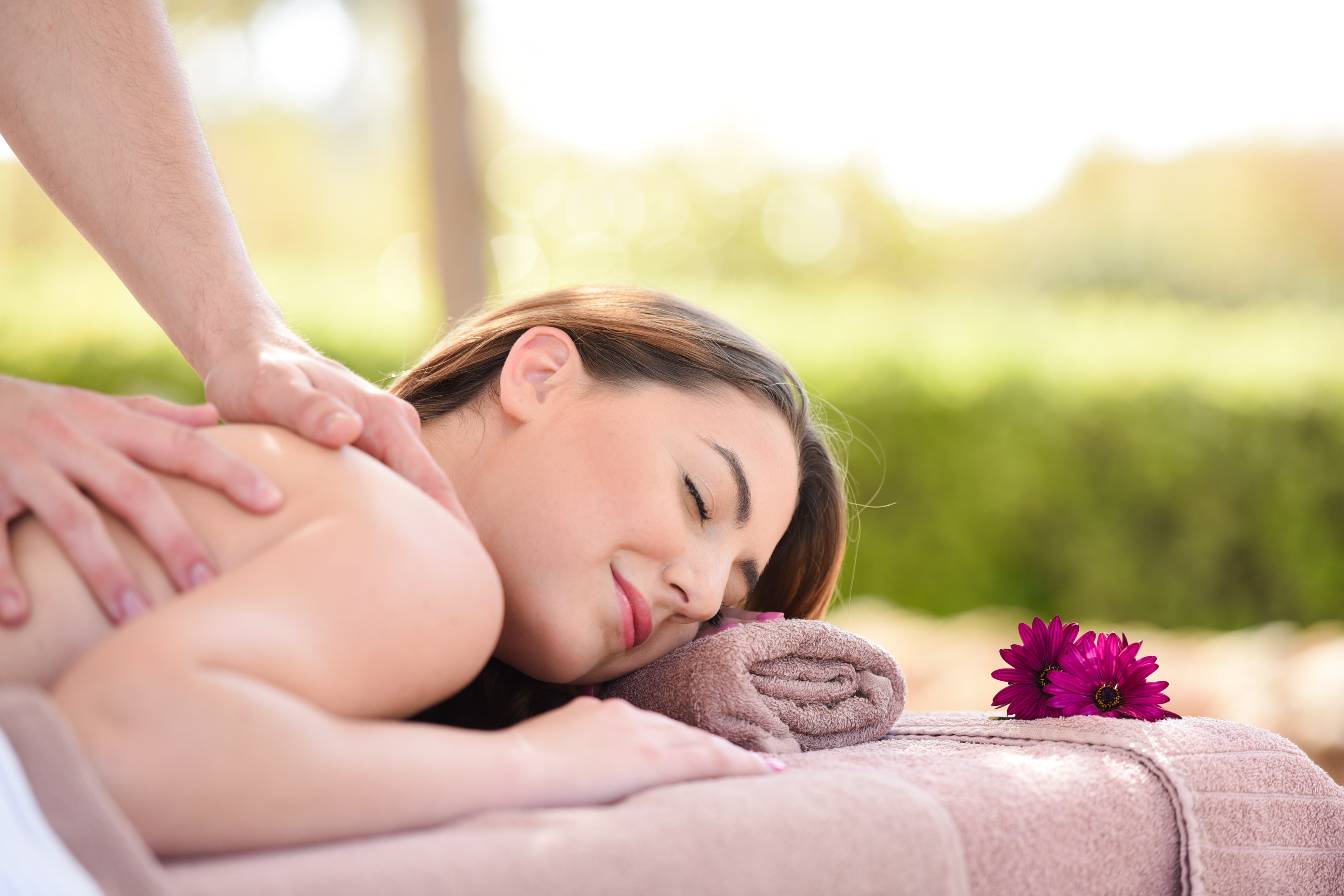 Where Can I Get Full Body Massage Pearl Spas Signature Full Body Massage 85 Mins