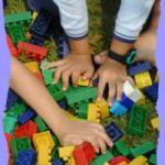 CRIANCAS_BRINCANDO_LEGO-754439