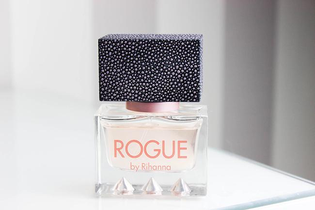rogue-by-rihanna-parfum-3