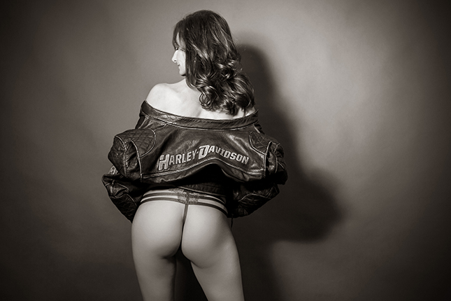 Miss_L_Boudoir_Photography_by_Peekaboo_Portland