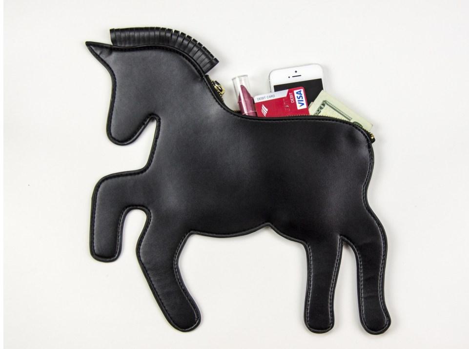 www.pegasebuzz.com | Unicorn Bundshop : Year of the Horse