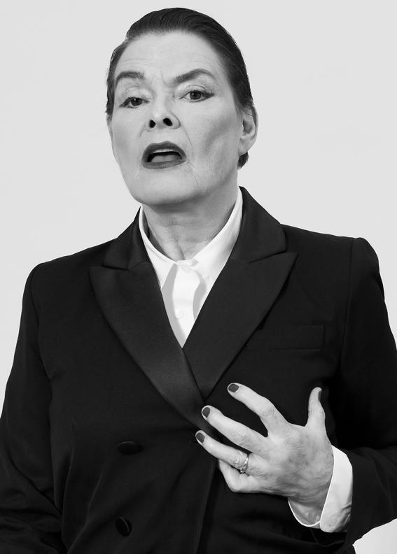 Volkskrant | Karina Holla - Peggy Kuiper - peggykuiper.com