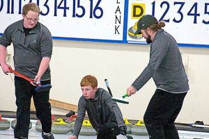 Strong finish for hometown rink at the Fall Fling (Journal)