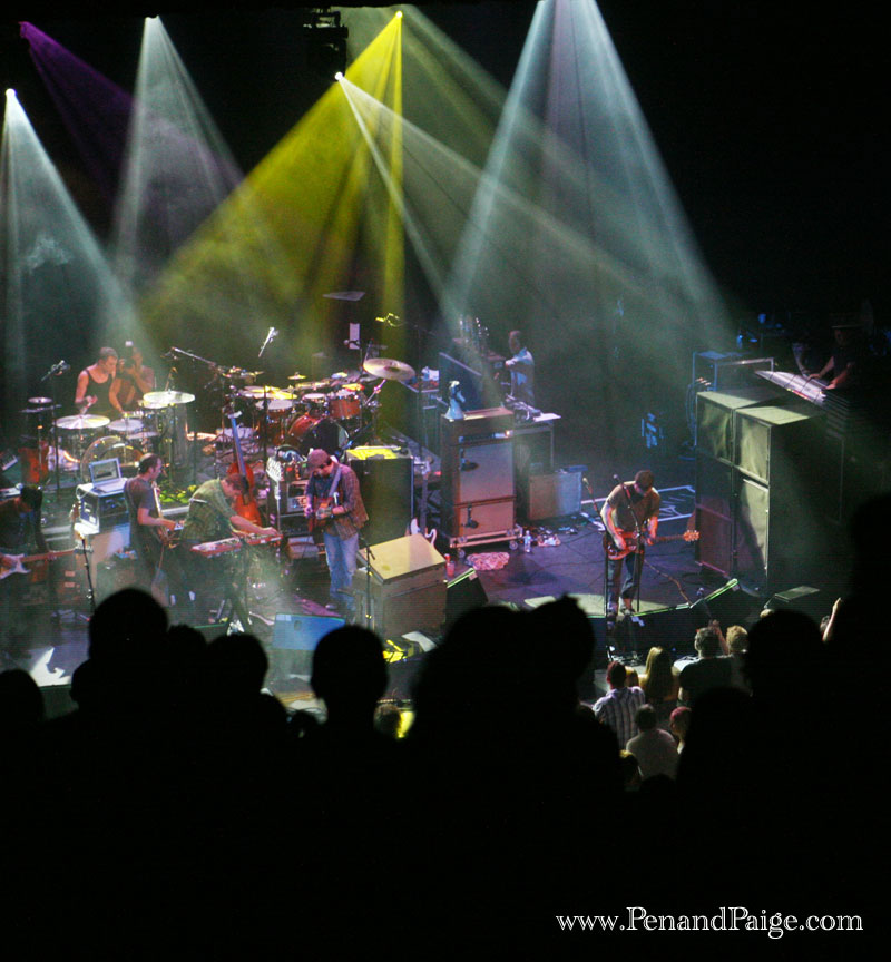 Light Up Theater: The Mighty Modest Mouse