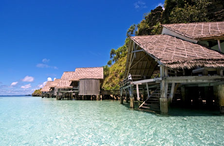 Misool Eco Resort Raja Ampat (sumber: jamesmorgan.co.uk)