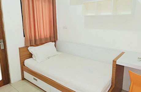RoomMe Lebak Bulus - www.booking.com