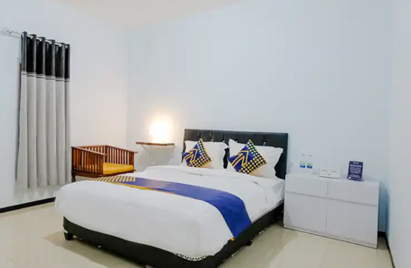 SPOT ON 1687 Griya Harmony Family Syariah - www.traveloka.com