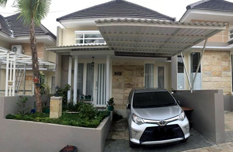 Fasad Villa Homemada Batu (sumber: booking.com)