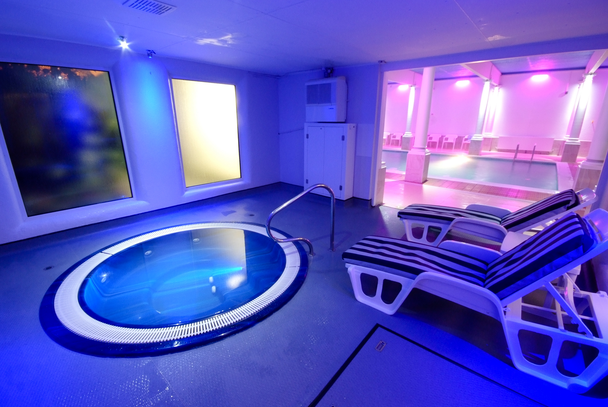 Jacuzzi Pool Gspa Gym And Leisure Club In Redruth Cornwall The Penventon