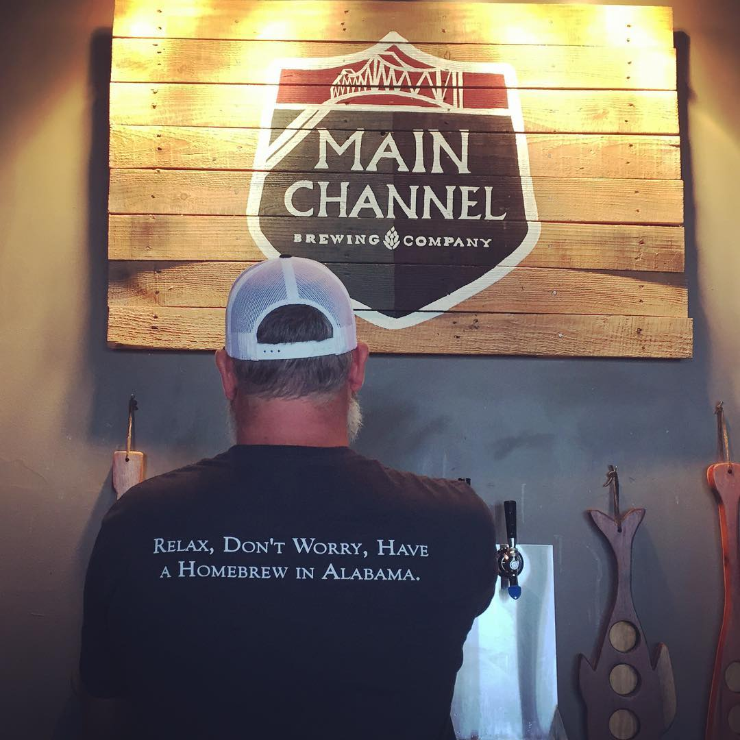 Who knew there was craft beer in small town Northern Alabama? Main Channel brewing in Guntersville