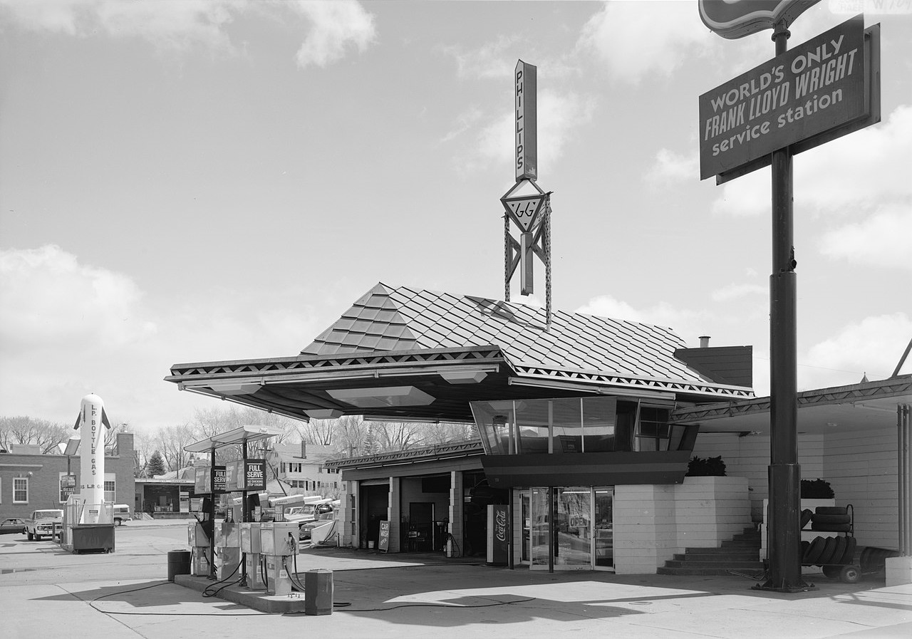 Frank Lloyd Wright World S Only Frank Lloyd Wright Service Station Perfect Duluth Day