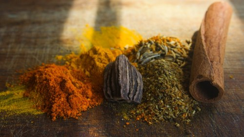 Myrrh Casati Mona di Orio Curry Spices PDP Pixabay