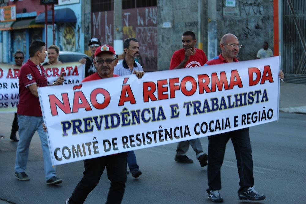 """Greve Geral: Movimentos do Extremo Sul marcham contra """"reformas"""" do Governo Temer"""