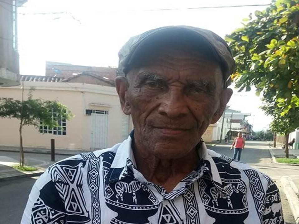 Ministerio de Cultura reconoce  y premia esgrima ancestral de Héctor Elías Sandoval