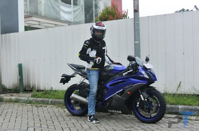 First Ride Yamaha R6, Benar-Benar Motor Yang Didesain Murni Untuk Balap!