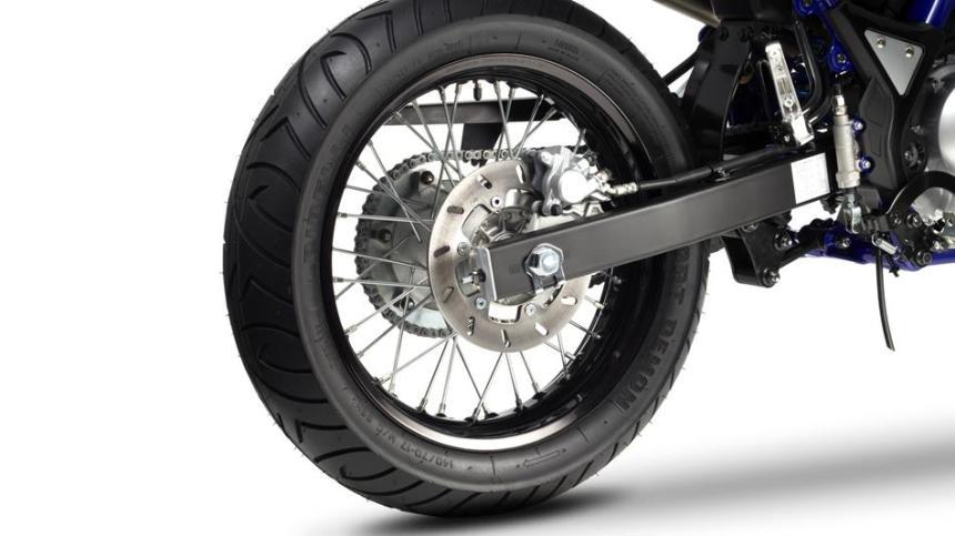 2014-Yamaha-WR125X-EU-Yamaha-Black-Detail-008