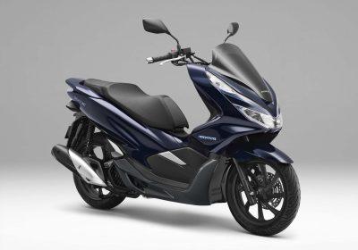 2018-Honda-PCX-Hybrid-scooter-05