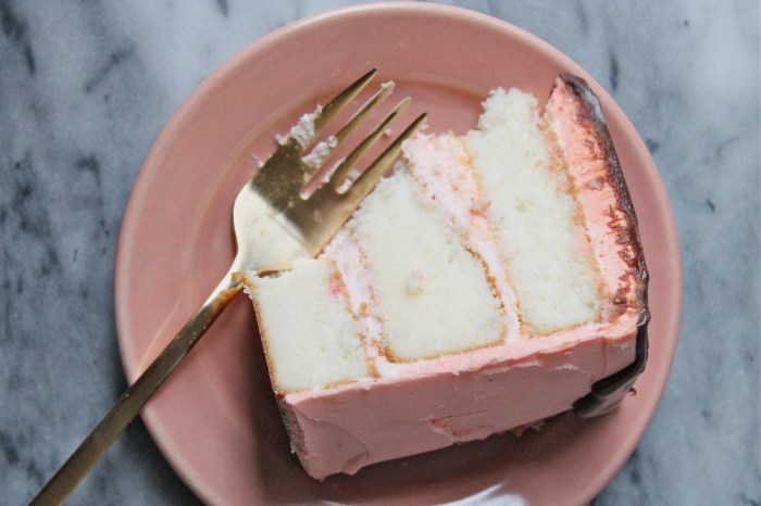 white cake with cherry buttercream 9