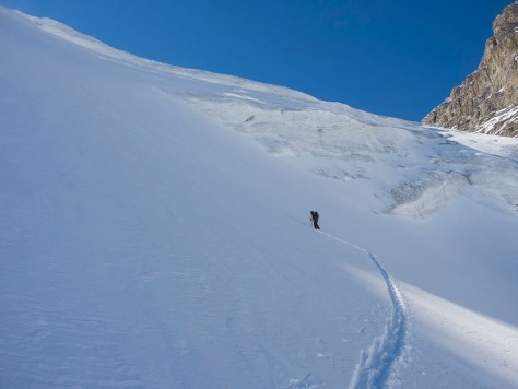 Approaching the tough bit of Brazeau's glacier