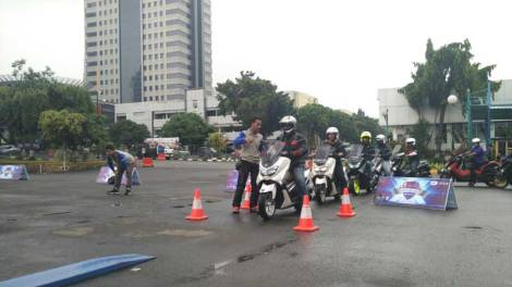 Event Safety Riding Indonesia Max Owers JABODETABEK bersama POLDA Metro Jaya dan Yanaha Riding Academy