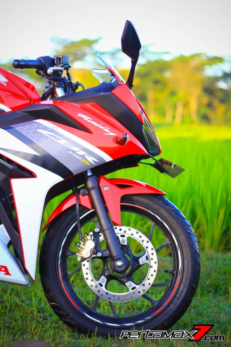 All New Honda CBR150R 2016 Warna Merah Racing Red 28 Pertamax7.com