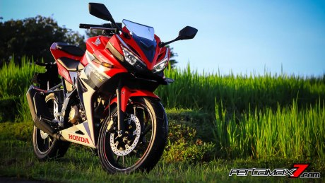 All New Honda CBR150R 2016 Warna Merah Racing Red 6 Pertamax7.com