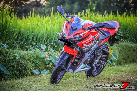 All New Honda CBR150R 2016 Warna Merah Racing Red 69 Pertamax7.com