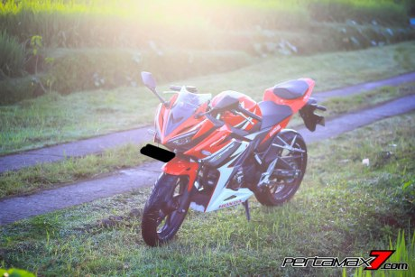 All New Honda CBR150R 2016 Warna Merah Racing Red 7 Pertamax7.com