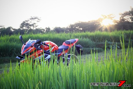 All New Honda CBR150R 2016 Warna Merah Racing Red 81 Pertamax7.com