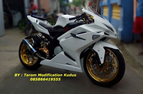 Modifikasi Yamaha New Vixion Lightning Ala Honda CBR250RR by Tarom Modification Kudus 1 Pertamax7.com