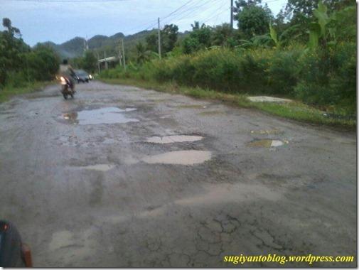 jalan rusak wonogiri 2